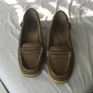 Gently used Sperry Shoes